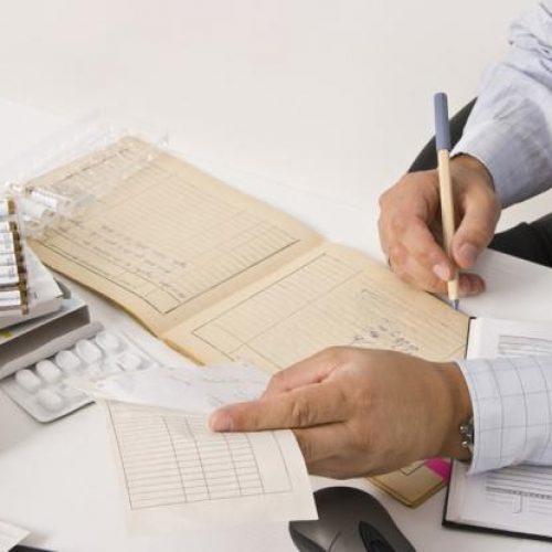 Πότε καταργούνται τα βιβλιάρια υγείας - Πώς θα καλύπτονται οι παροχές του ΕΟΠΥΥ στους ασφαλισμένους