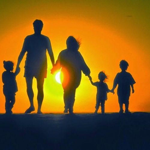 Τάσος Μπαρτζώκας: Πρώτη προτεραιότητα η στήριξη της οικογένειας