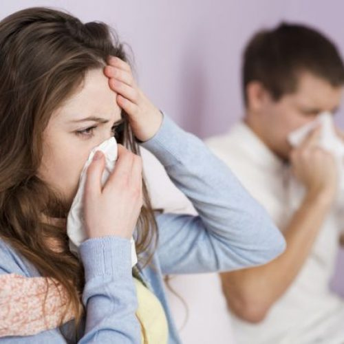 Θερίζει τα Βαλκάνια η γρίπη