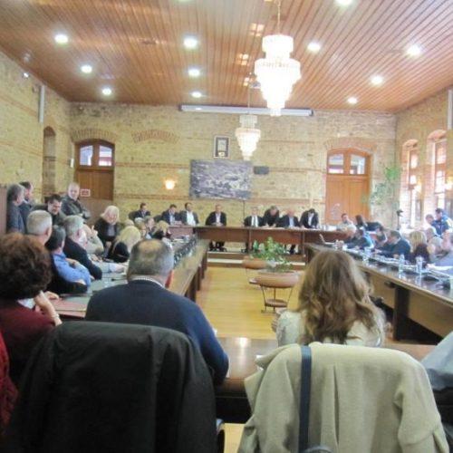 """""""Εικόνα διάλυσης και αποσύνθεσης εμφανίζει το Περιφερειακό Συμβούλιο Κ. Μακεδονίας"""""""