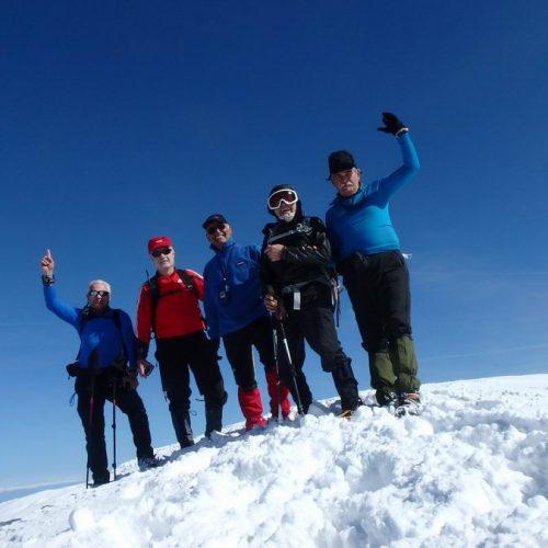 """Η Ορειβατική Ομάδα Βέροιας """"Τοτός"""" στο Πίνοβο και στη χιονισμένη κορυφή   Βίσογκραντ"""