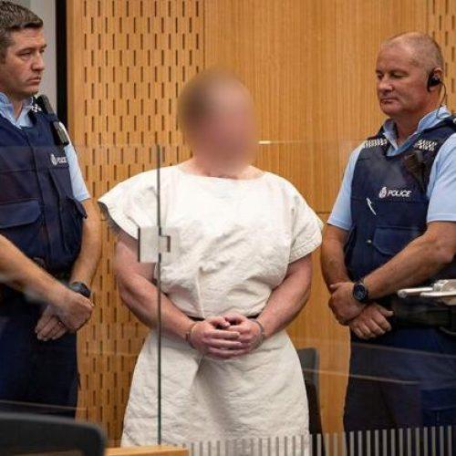 Νέα Ζηλανδία: Ήρεμος και χαμογελαστός στο δικαστήριο ο μακελάρης (Video)