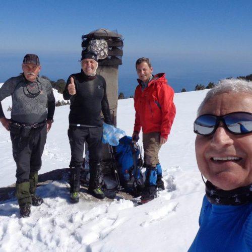 """Όλυμπος. Στο χιονισμένο """"Λιβαδάκι"""" η Ορειβατική Ομάδα Βέροιας """"Τοτός"""""""