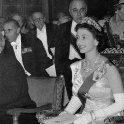 """Όταν η βασίλισσα Ελισάβετ, """"χαστούκισε"""" τη Φρειδερίκη. Γράφει ο Βενιζέλος Λεβεντογιάννης"""