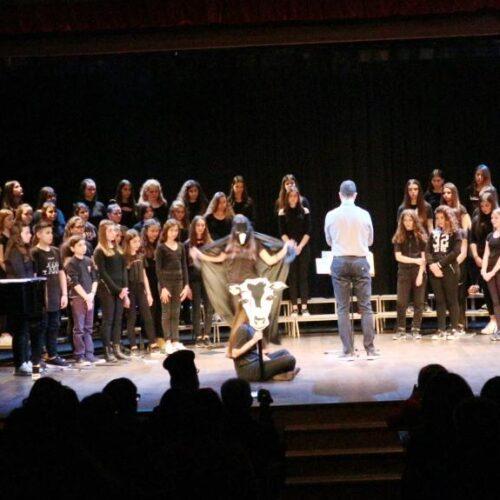 Η Χορωδία του 4ου & 2ου Γυμνασίου Βέροιας στην 11η Διεθνή Συνάντηση Σχολικών Χορωδιών