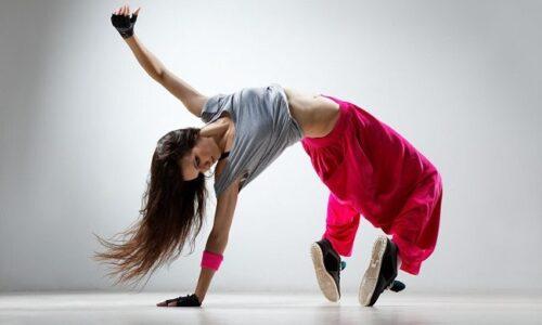 Ζητείται δασκάλα κλασικού/σύγχρονου χορού