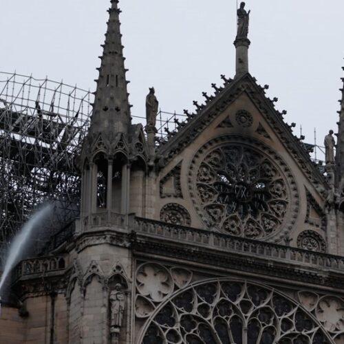 Η επόμενη μέρα στην Παναγία των Παρισίων - Μεγάλη καταστροφή και στο εσωτερικό
