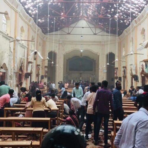 Βάφτηκε στο αίμα το Πάσχα των Καθολικών: 215 νεκροί - 450 τραυματίες στη Σρι Λάνκα
