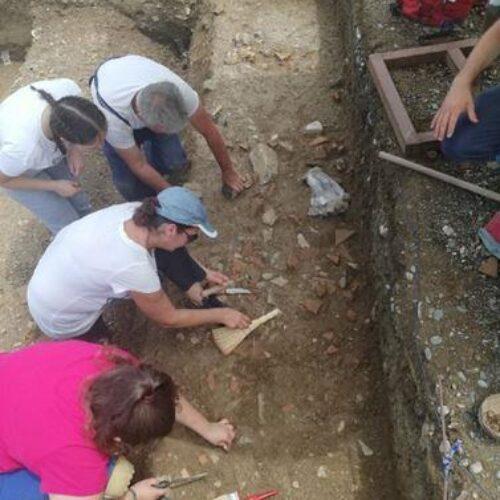 """Το """"Θερινό Αρχαιολογικό Σχολείο"""" στην Ημαθία"""