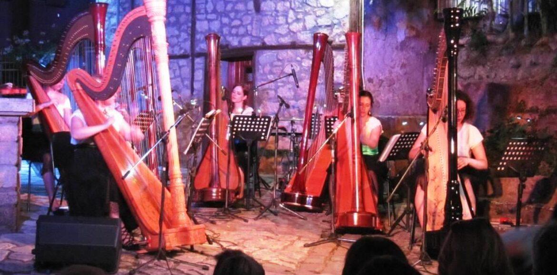 Εύηχη Πόλη - Μουσικές του κόσμου με τις 7 άρπες των Harp Ensemble PerHarps