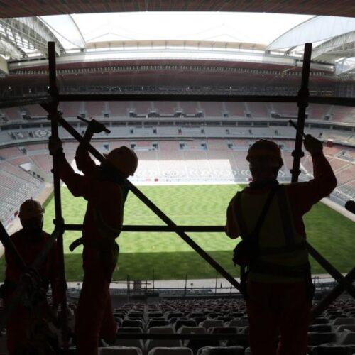 Μουντιάλ 2022 - Αιχμάλωτοι Ποδοσφαίρου: Οι εργάτες στο Κατάρ πεθαίνουν κάθε μέρα