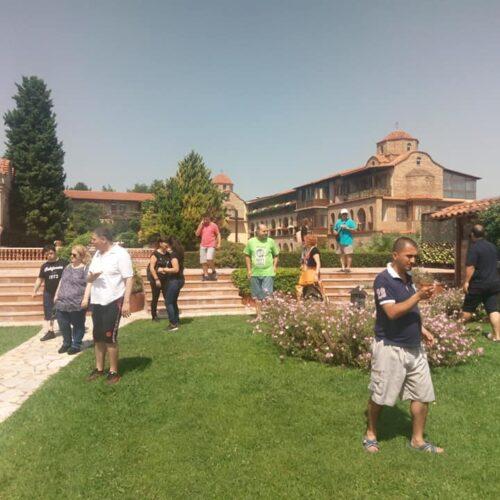 """Επίσκεψη από """"Τα Παιδιά της Άνοιξης"""" στην Ιερά Μονή του Οσίου Εφραίμ του Σύρου στην Κονταριώτισσα Πιερίας"""