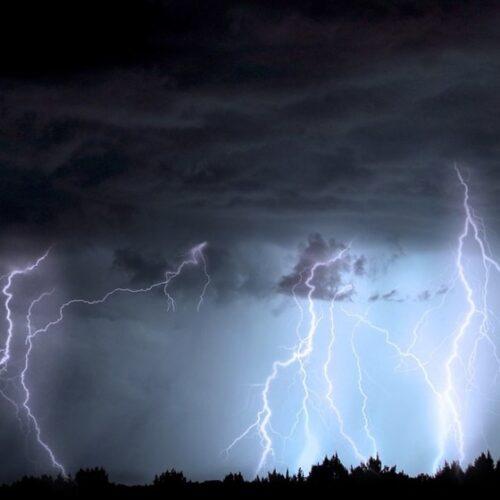 ΕΜΥ: Νέα μεταβολή του καιρού με ισχυρές βροχές, καταιγίδες και κατά τόπους χαλαζοπτώσεις