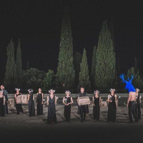 """ΚΘΒΕ: """"Ιφιγένεια η εν Αυλίδι"""" του Ευριπίδη. Αρχαίο Θέατρο Δίου"""