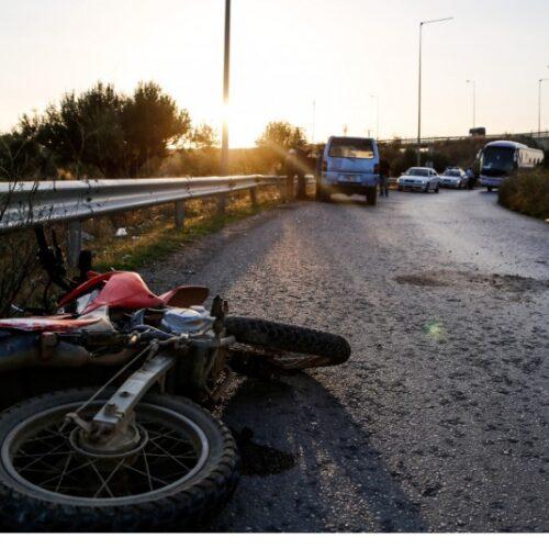 Σύγκρουση ΙΧ με μοτοσικλέτα - Νεκρός 23χρονος οδηγός