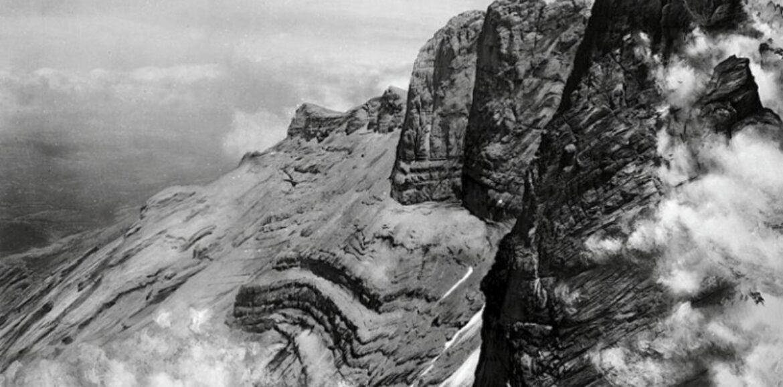 """""""Πώς εορτάστηκαν τα 100 χρόνια (1913 - 2013)  από την πρώτη ανάβαση στις κορυφές του Ολύμπου"""" γράφει ο  Σωτήρης Μασταγκάς"""
