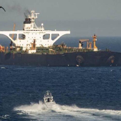 """Εν πλω προς Καλαμάτα το Grace 1 - """"Τροχιοδεικτική βολή"""" Πομπέο: """"Ελπίζουμε να συλληφθεί ξανά"""""""