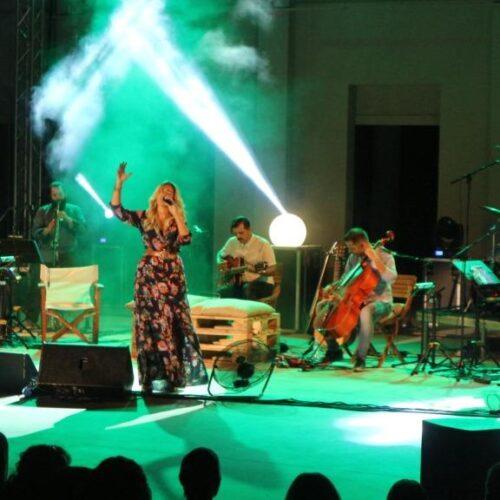 Η Νατάσσα Μποφίλιου στη Βέροια σε μια ανεπανάληπτη μουσική παράσταση