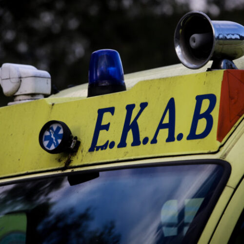 Θανάσιμος τραυματισμός από σύγκρουση ΙΧ 81χρονου οδηγού και της 69χρονης συνοδηγού