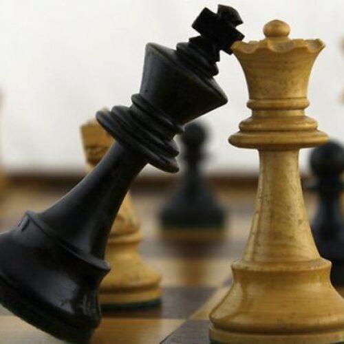 """Οι νεαροί """"Δραπέτες"""" από την Κατερίνη και η """"Σκακιέρα"""" τους"""