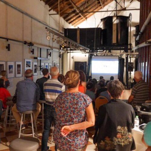 """Έντονο ενδιαφέρον και μεγάλη προσέλευση του κοινού στην έκθεση φωτογραφίας """"Ναοί - Ιερά - Μυστήρια"""" στη Νάουσα"""