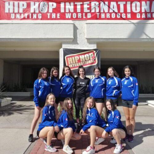 Δυναμικά επέστρεψε η ομάδα του Φιλίππου από την Αμερική - Συμμετείχε στον παγκόσμιο διαγωνισμό χορού hip hop