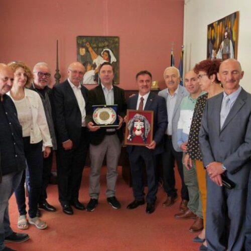 Συνάντηση Δημάρχου Νάουσας με τον Δήμαρχο Αργυρουπόλεως Επαρχίας Τραπεζούντας