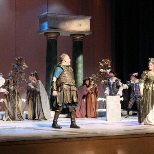 """Η όπερα του Πέρσελ """"Διδώ και Αινείας"""" στη Βέροια. Μια εντυπωσιακή παράσταση που ενθουσίασε"""