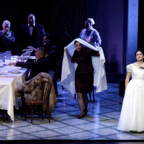 Η βεροιώτισσα σοπράνο Μαρία Παλάσκα στην Εθνική Λυρική Σκηνή με την «Υπνοβάτιδα» του Μπελλίνι