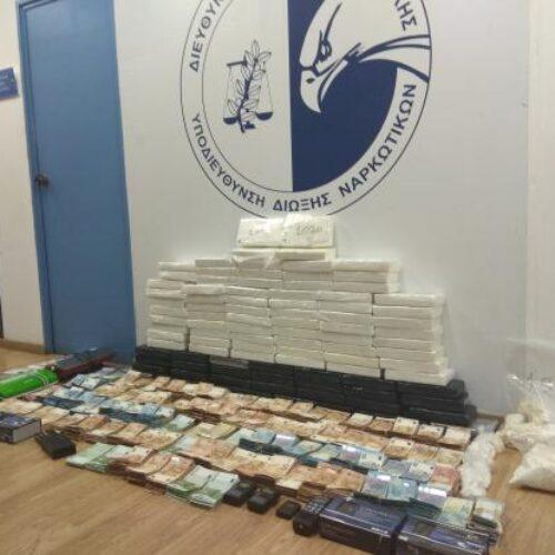 Εξαρθρώθηκε μεγάλη σπείρα που διακινούσε κοκαΐνη - Κατασχέθηκαν 100 κιλά