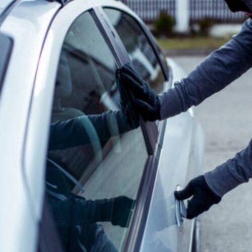 Δικογραφία σε βάρος 37χρονου για κλοπή από όχημα ηλικιωμένης στη Βέροια