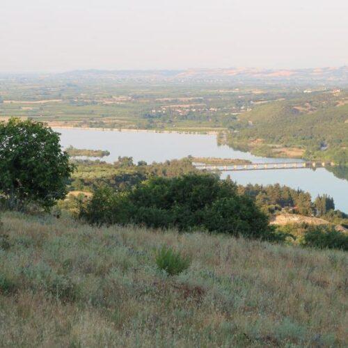 Πωλείται οικόπεδο στα Ασώματα της Βέροιας με θέα τη Λίμνη του Αλιάκμονα