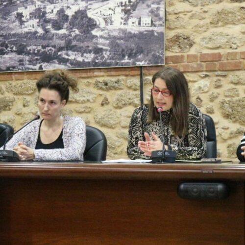 """Ενωμένες οι φωνές των φορέων της Βέροιας κατά της έμφυλης βίας: """"Είμαστε παρόντες, για να βοηθήσουμε. Μιλήστε!"""""""