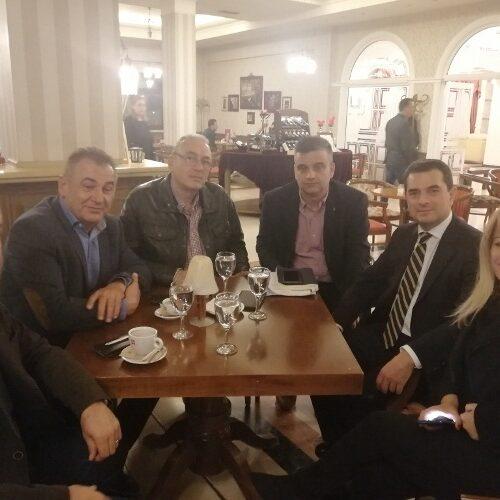 Με τον Υφυπουργό Αγροτικής Ανάπτυξης συναντήθηκαν εκπρόσωποι του Αγροτικού Συλλόγου Βέροιας