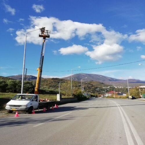Π.Ε. Ημαθίας: Αποκατάσταση βλαβών ηλεκτροφωτισμού στο οδικό δίκτυο της Νάουσας