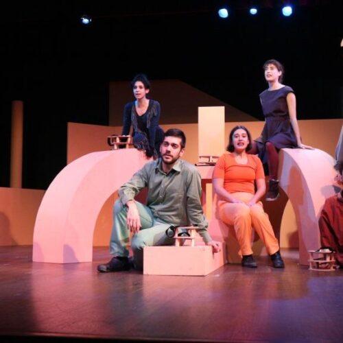"""""""Ο Δράκος"""" από το ΔΗΠΕΘΕ Βέροιας - Εντυπωσιακή παράσταση μιας έξοχης πολιτικής αλληγορίας"""