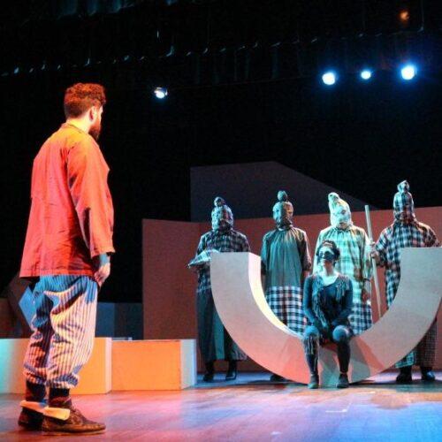 """""""Υπήκοος – Πολίτης, μια παράσταση δρόμος"""" γράφει η Πόπη Φιρτινίδου"""