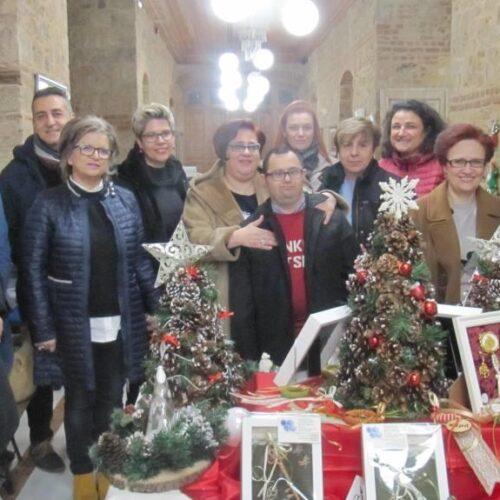 Γεμάτο χρώματα και συναισθήματα το χριστουγεννιάτικο παζάρι του ΚΕΜΑΕΔ