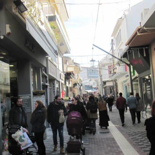 Βέροια: Το Χριστουγεννιάτικο ωράριο λειτουργίας των εμπορικών καταστημάτων - Η Λειτουργία τους τις Κυριακές του Δεκέμβρη