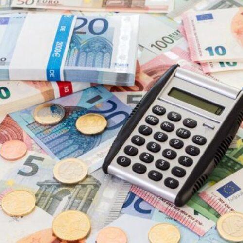 ΟΟΣΑ: Πρωταθλήτρια στους φόρους και τις ασφαλιστικές εισφορές η Ελλάδα