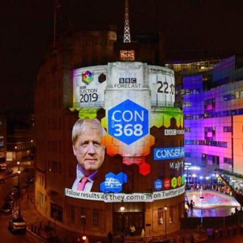 Βρετανία: Ανοίγει ο δρόμος για το Brexit - Αυτοδυναμία Μπόρις Τζόνσον έδειξαν τα exit polls