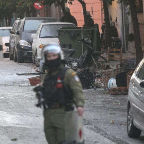 ΚΙΝΑΛ: Ερωτήματα που άπτονται της συνταγματικής τάξης η αστυνομική επιχείρηση στο Κουκάκι