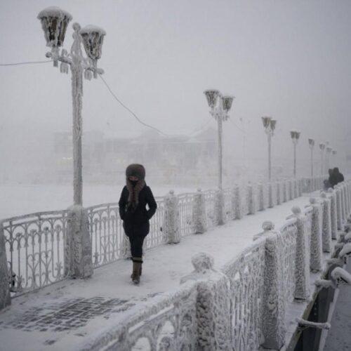 Η ζωή στο Oymyakon στη Ρωσία στους μείον 50 βαθμούς,στο πιο παγωμένο χωριό του πλανήτη (photo - video)