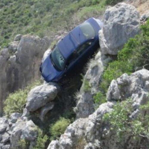Αυτοκίνητο κατέπεσε σε χαράδρα - Νεκρός ο 36χρονος οδηγός