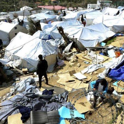 Το ΚΙΝΑΛ για τον εγκλωβισμό πάνω από 40.000 μεταναστών και προσφύγων στα νησιά του Ανατολικού Αιγαίου