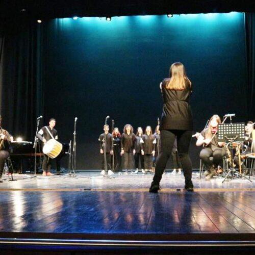 """""""Απ' το σκοτάδι στο φως"""". Ένα μουσικό δρώμενο υψηλής ποιότητας από το Μουσικό Σχολείο Βέροιας"""