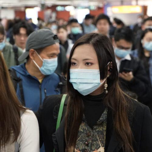 Κίνα - κοροναϊός: 25 νεκροί και πάνω από 800 ασθενείς - Εικόνες χάους στα νοσοκομεία