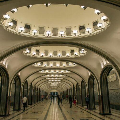 Mετρό  Μόσχας,  το ομορφότερο του κόσμου - Οι σταθμοί σαν παλάτια!