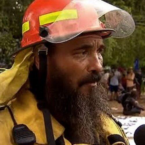 """""""Μας σκοτώνουν"""", λέει ο πυροσβέστης από την Αυστραλία (video)"""