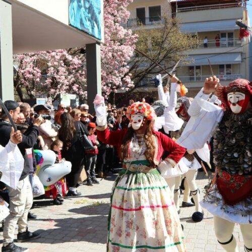 """Παράδοση και πολιτισμός στο επίκεντρο της Ναουσαίικης Αποκριάς, κυρίαρχο το έθιμο """"Μπούλες"""" - Το αναλυτικό πρόγραμμα"""